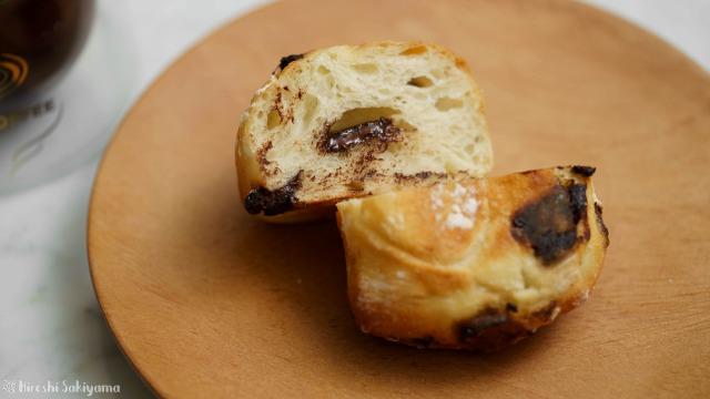 チョコレートパンの断面