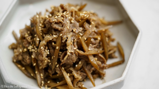 牛肉とごぼうのしぐれ煮のアップ