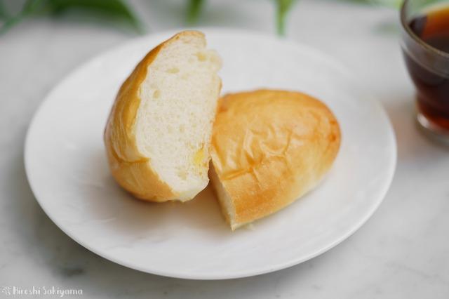 割った懐かしの給食で食べたパインパン