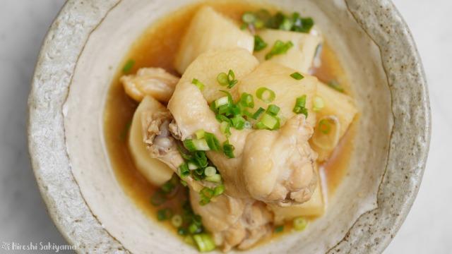 長芋と手羽元の中華風煮物を上から見た様子