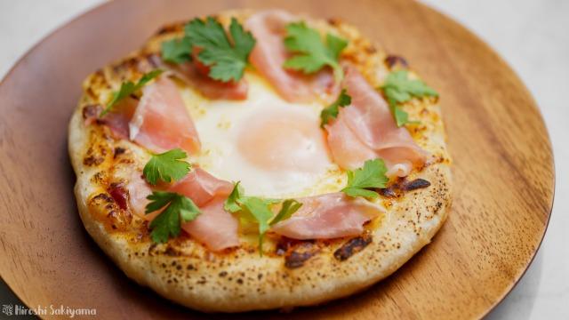 フライパンで作る、ビスマルクピザ