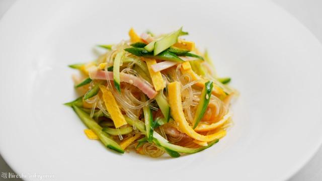 春雨サラダ、拌三絲(バンサンスー)のアップ