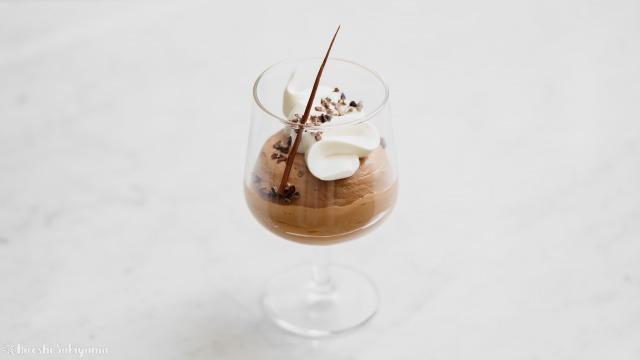 材料2つ・ゼラチンなしのチョコレートムース