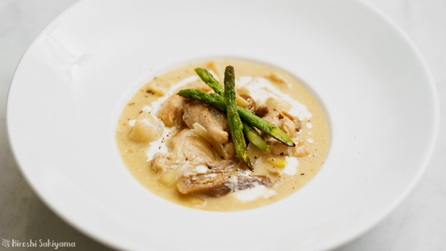鶏肉とポルチーニのブラウンクリーム煮