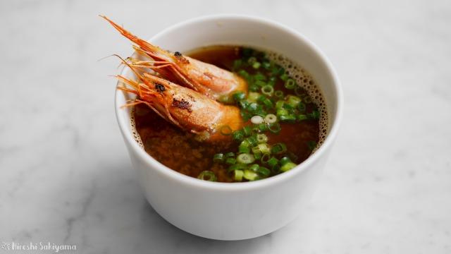 甘海老の殻で作るお味噌汁