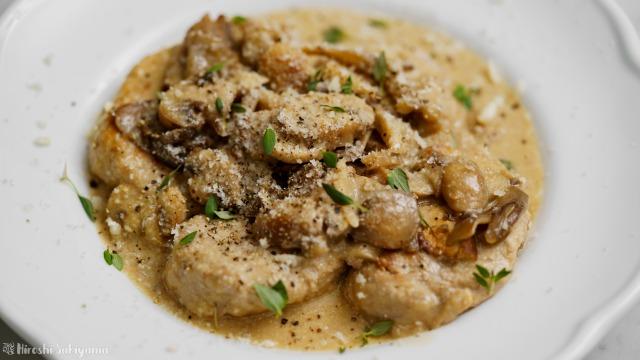 豚ヒレ肉のスカロッピーネ、ポルチーニクリームソース、アップ