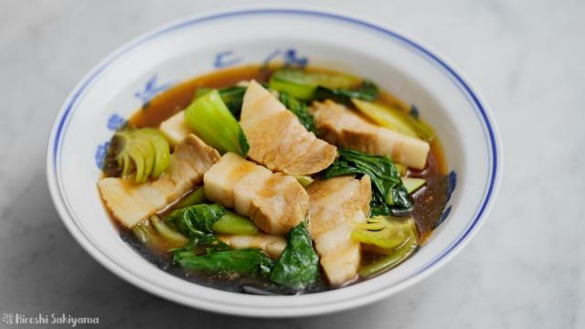 豚バラ肉と青梗菜の醤油オイスター煮