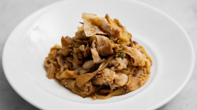 舞茸・白菜入り豚の生姜焼き(というか生姜煮)