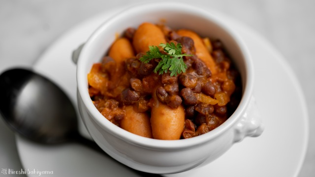 小豆とウインナーのトマト煮込み、アップ