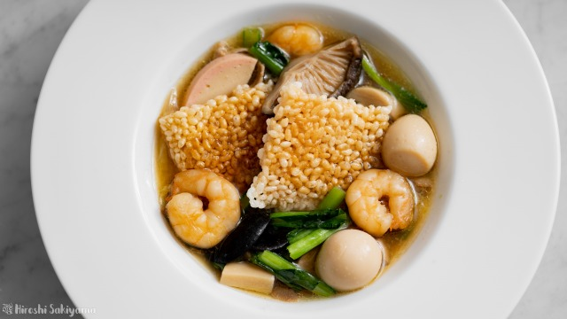 中華おこげスープ、上から