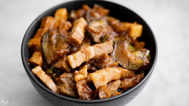 茄子入り魯肉飯