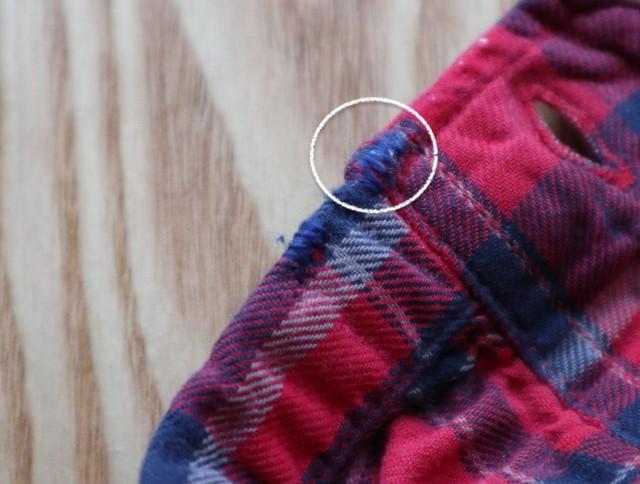 擦り切れたシャツの袖口の写真(補修後)