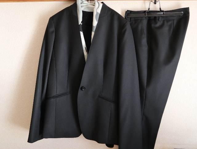 通勤服パターン化_スーツの写真