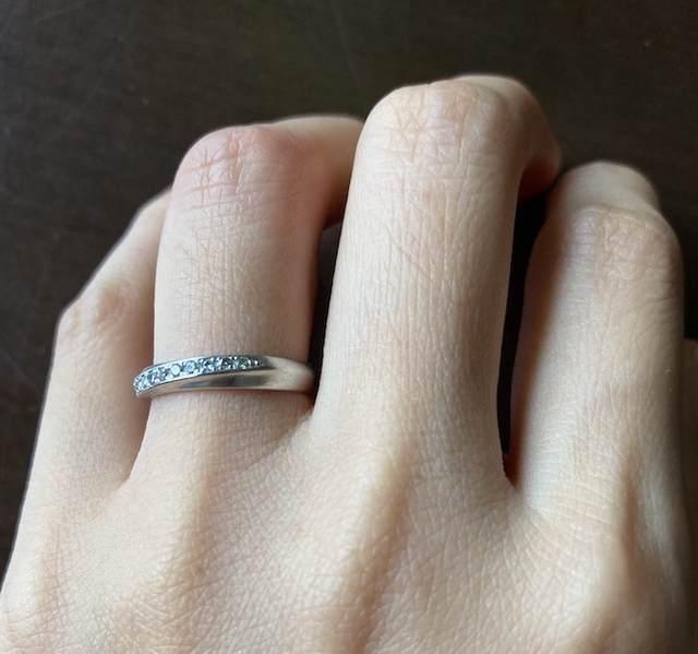 ミニマリストのアクセサリー_結婚指輪の写真