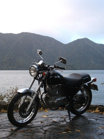 ボルさんin中禅寺湖。