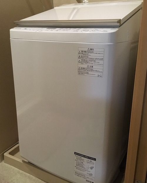 : TOSHIBAの縦型洗濯乾燥機AW10-SV6の外観