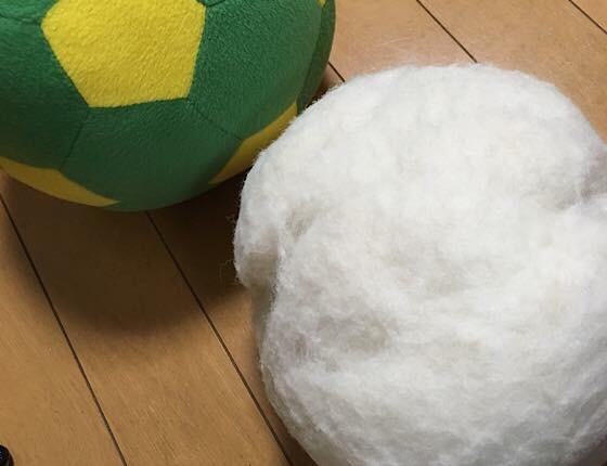 寿命がやってきたサッカーボール