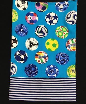 サッカーボール柄の巾着袋
