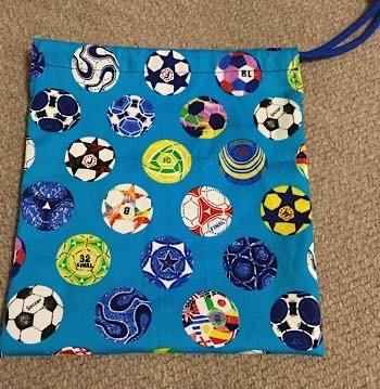 サッカー柄の給食袋