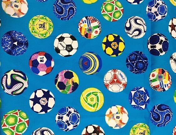 サッカー柄の布