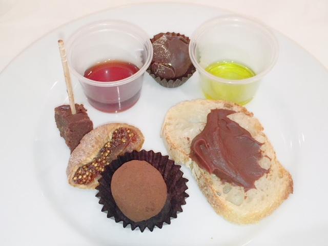 ミナ・ハンドメイドチョコレートのスペシャルプレゼンテーション