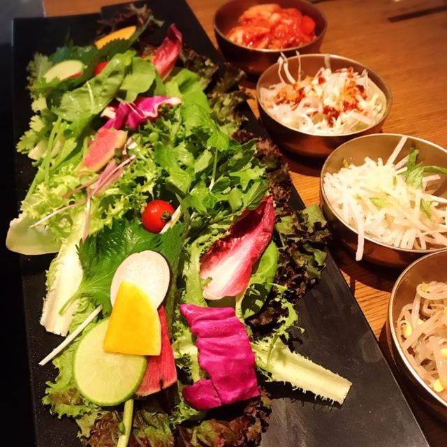 サムギョプサルの野菜食べ放題