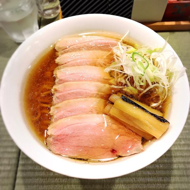 「鴨to葱」の鴨コンフィ麺
