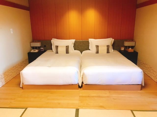 高輪 花香路:ベッド