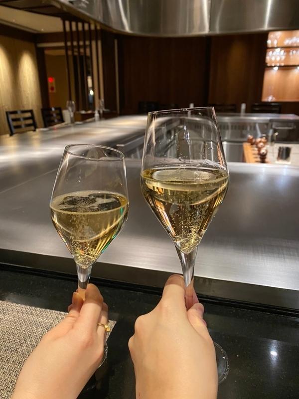 シャンパーニュ・バロン・ド・ロスチャイルドで乾杯!
