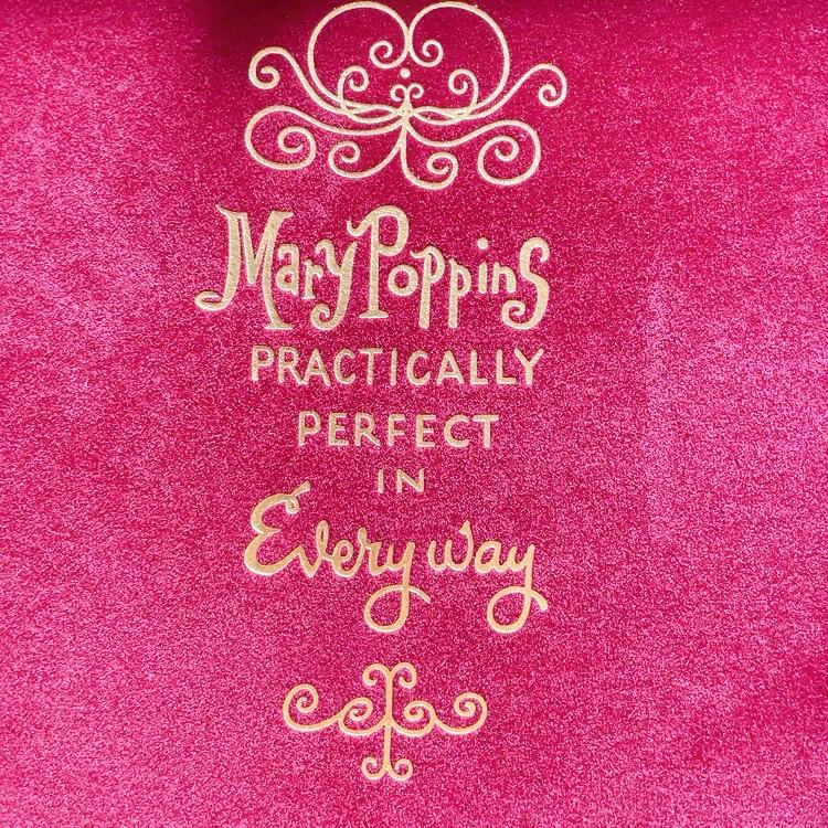 Besama Cosmetics×Mary Poppinsのコラボアイテム(化粧箱の内側)