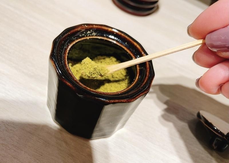 日本橋三越に出店している赤玉 卓上調味料の山椒