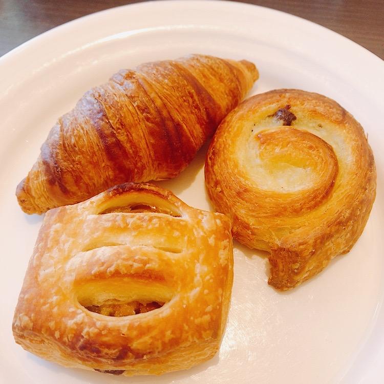 朝食といえば、ホテルのパンも食べたいじゃないですか