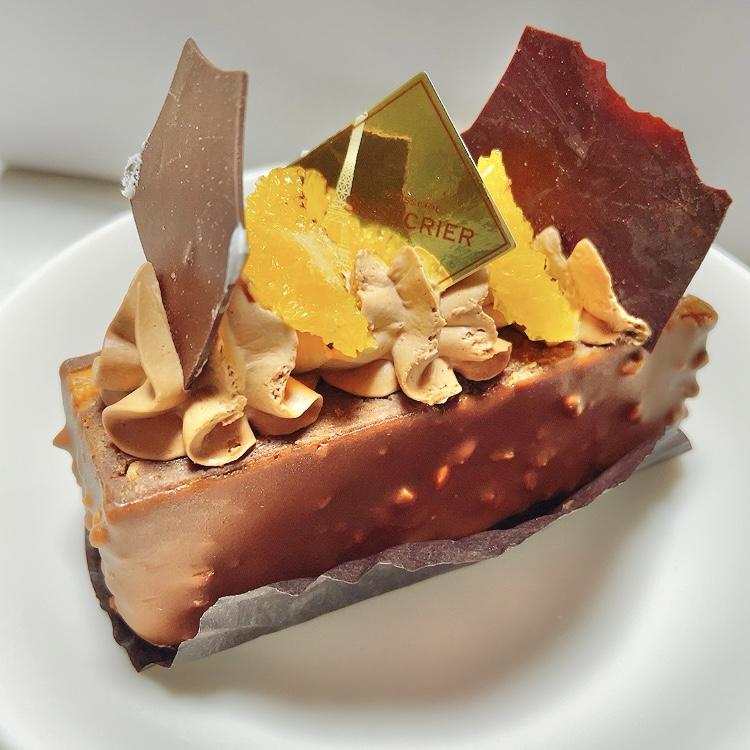三軒茶屋「パティスリー シュシュクリエ」チョコとナッツ系のケーキ