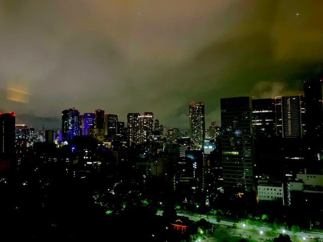 「ザ・プリンスパークタワー東京」プリンススイートルームからスカイツリー方面の夜景