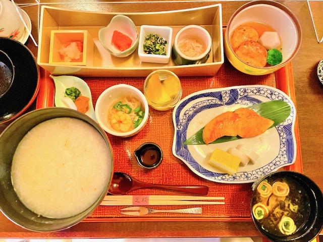 「ザ・プリンスパークタワー東京」芝桜での和朝食