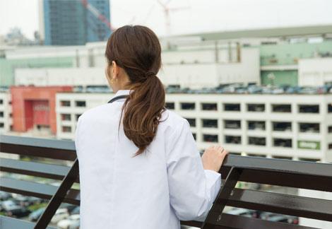 医療制度美人の女医に診てもらいたい
