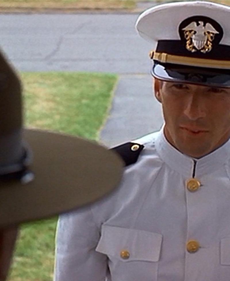 愛と青春の旅だち,An Officer and a Gentleman
