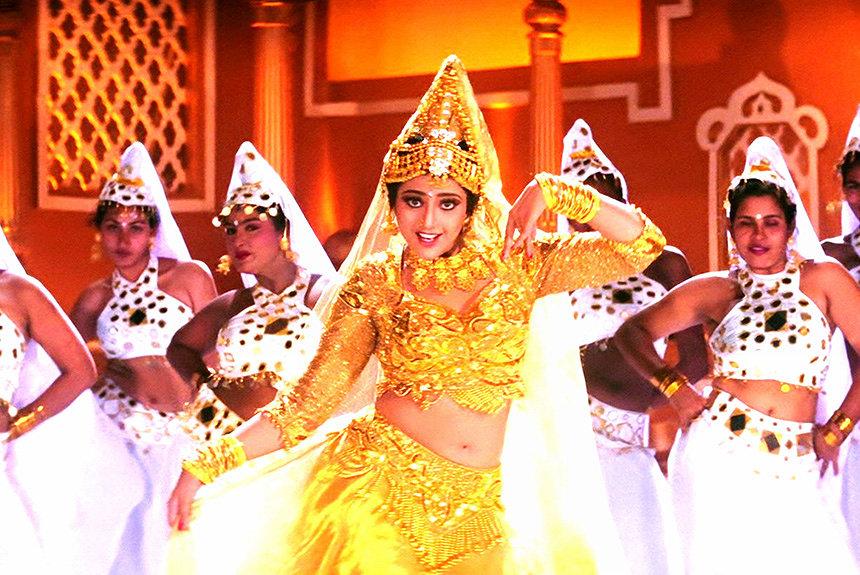 ムトゥ 踊るマハラジャ,Muthu