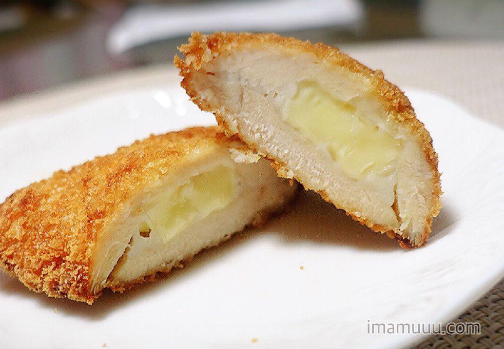 セブンイレブンのチーズチキンフライの断面図