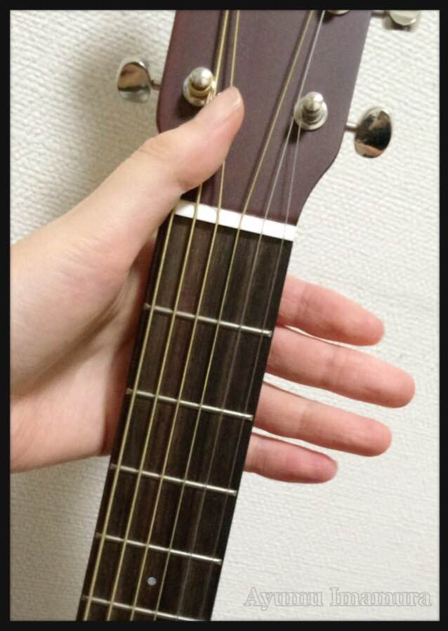 YAMAHAのミニギターJR2