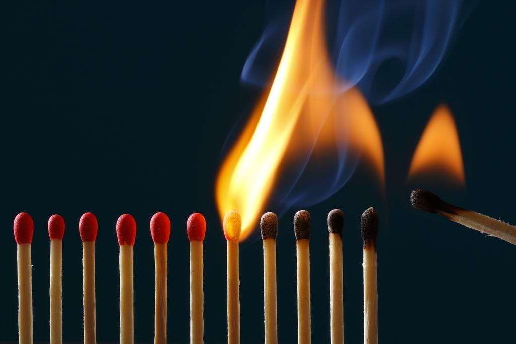 膠原病の再燃