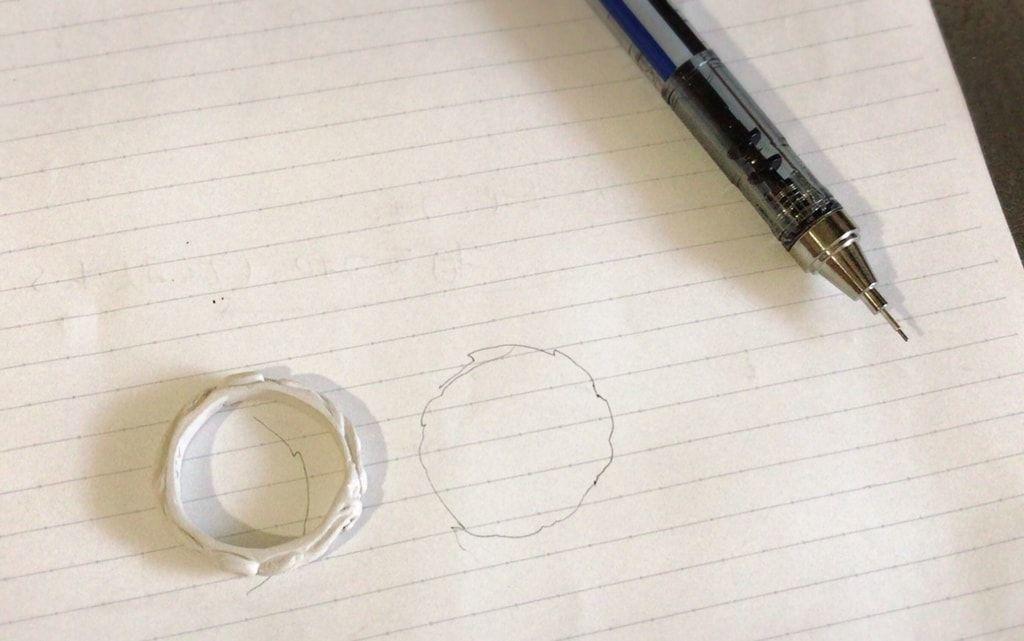焼成前に指輪のサイズをはかっておく