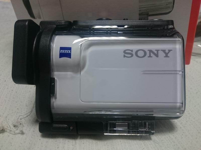 ソニーのアクションカムHDR-AS300