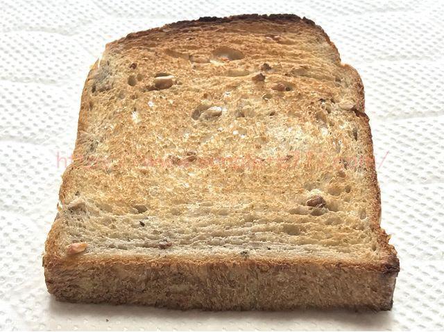 象印のオーブントースター「こんがり倶楽部」(ET-GM30)で焼いた後のパン