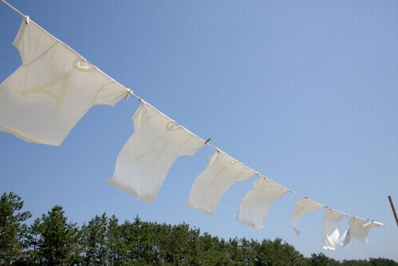 服を捨てすぎた結果、洗濯の回数が増えることに