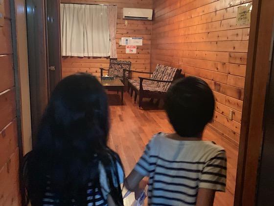 ペンションパパラギ王国アパートメントタイプの入り口