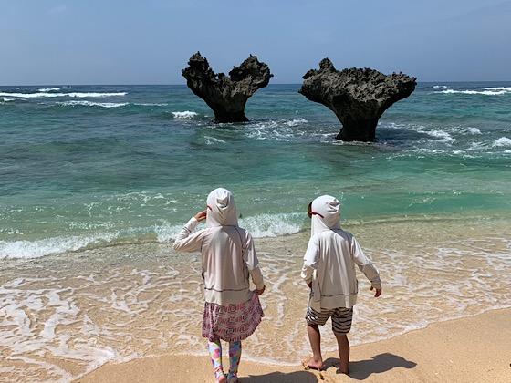 ティーヌ浜の波