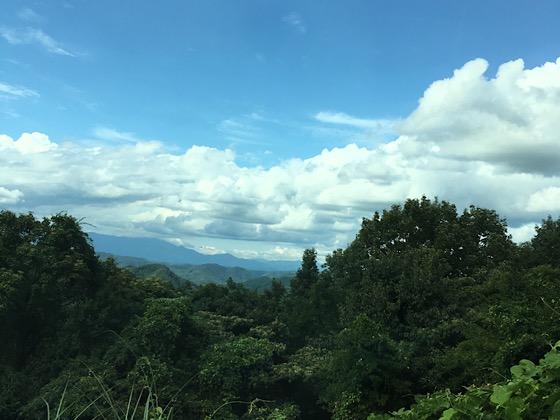 岡山県大芦高原道中の雲海の景色