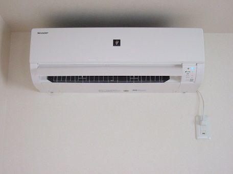 風量設定を自動にしてエアコンの電気代を節約する
