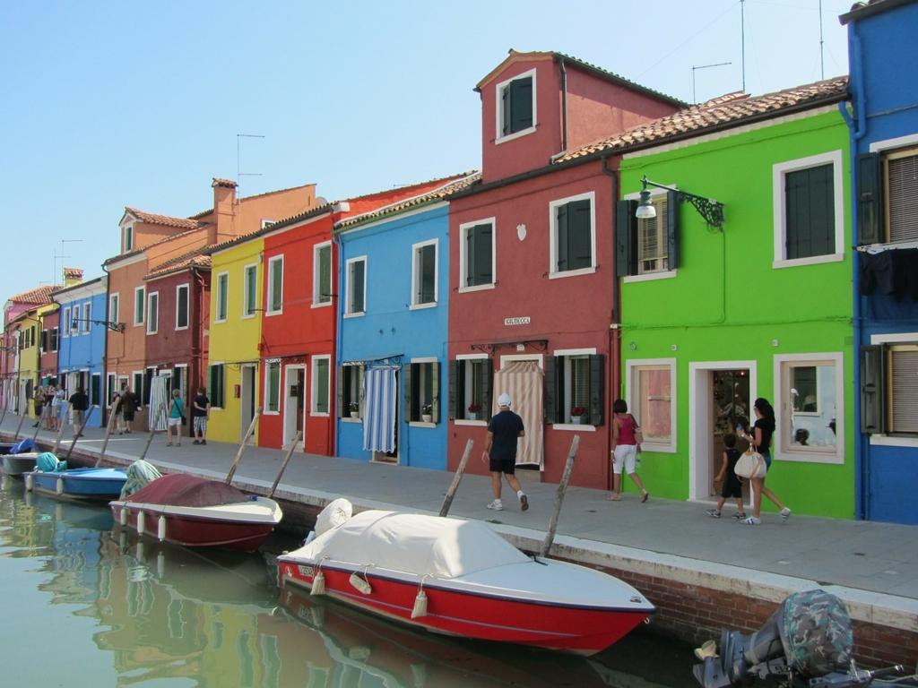 ブラーノ島の街並み